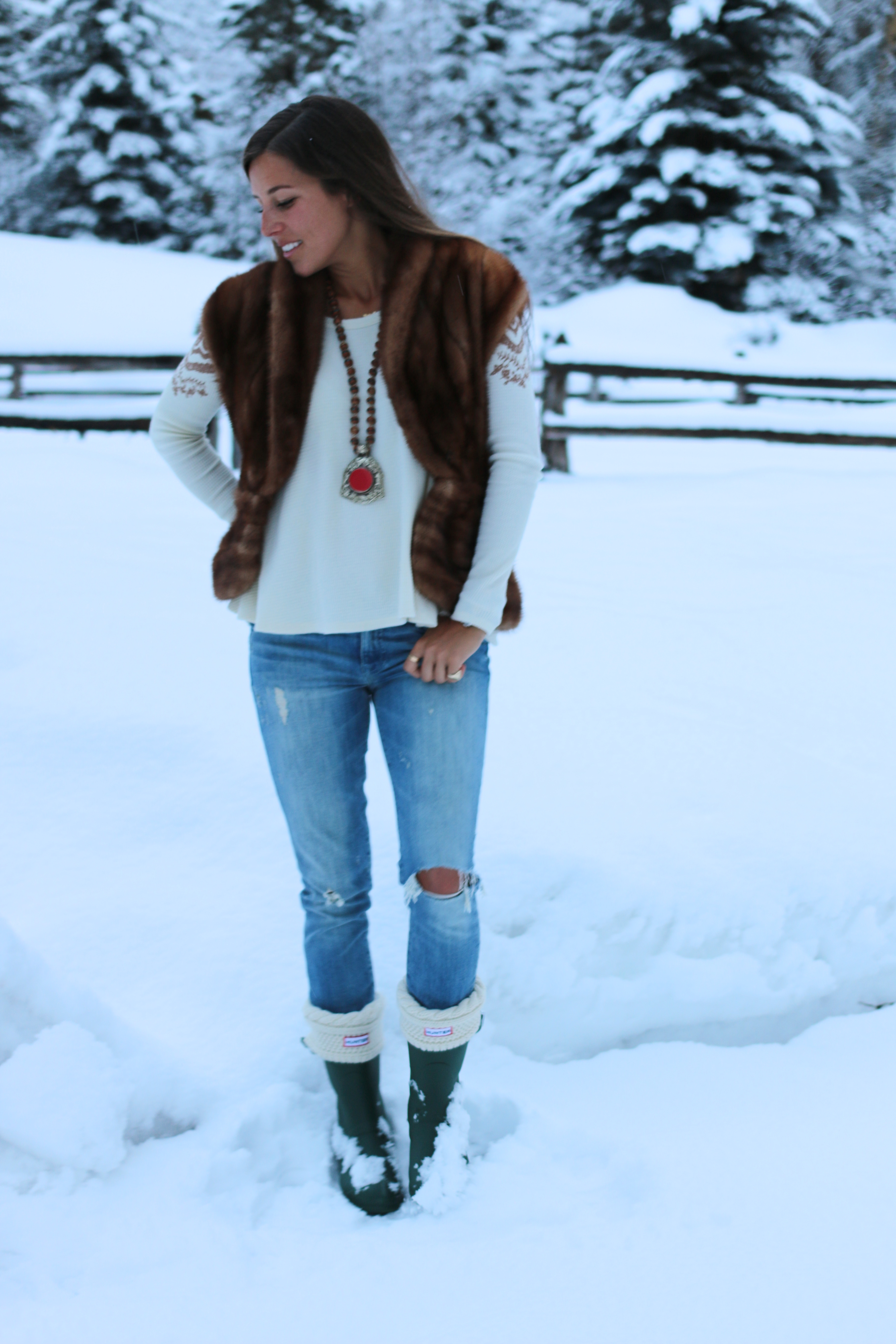 Aspen Style Part 2 Boots With A Fur Veryallegra