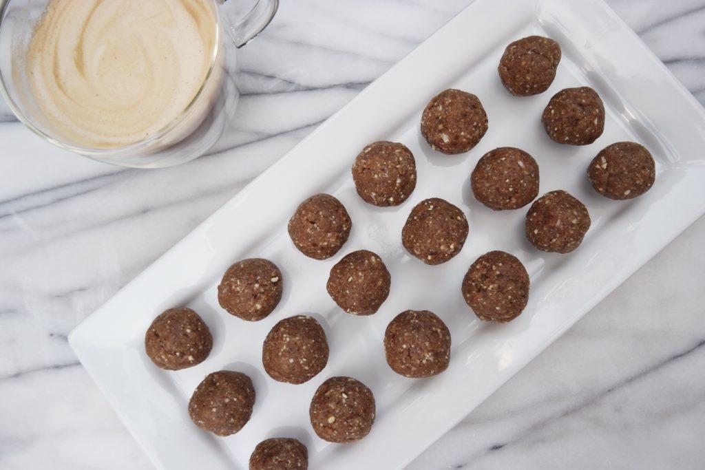 My First Recipe: Vanilla Maca Energy Balls = YUM