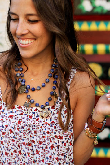 Floral Midi by Xirena Necklace Details