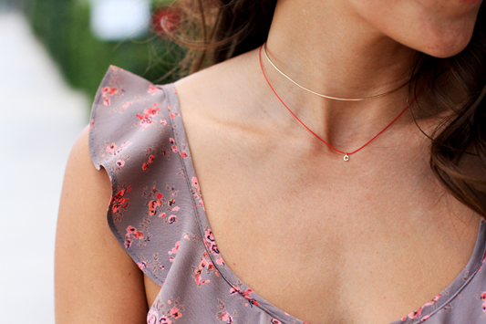 Backless Floral Mini choker necklace