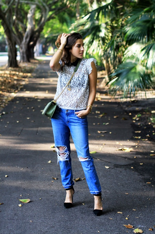 Lace Top with a Collar + Boyfriend Jeans 5