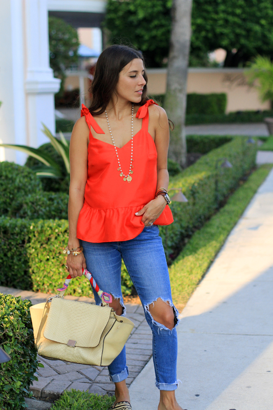 Red Bow Tank & Ripped Jeans 5