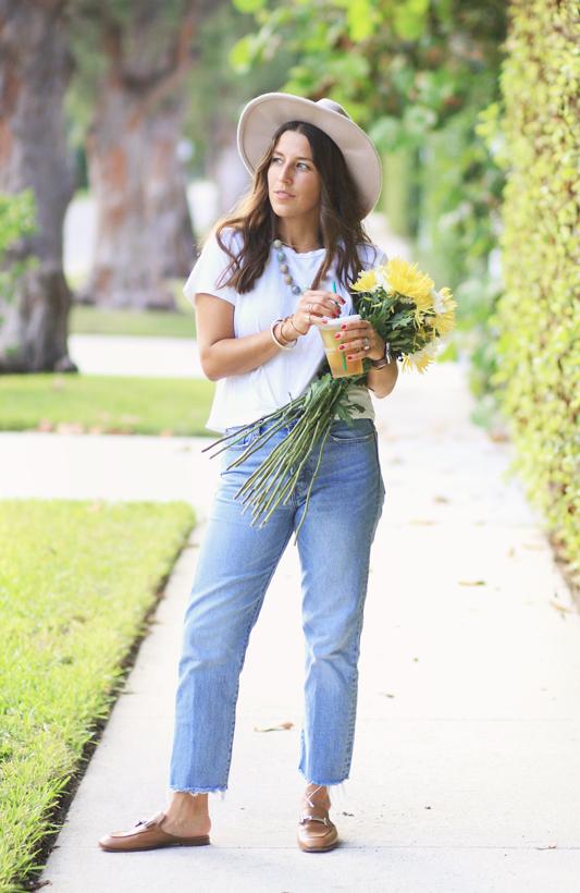 Simple Jeans & Starbucks