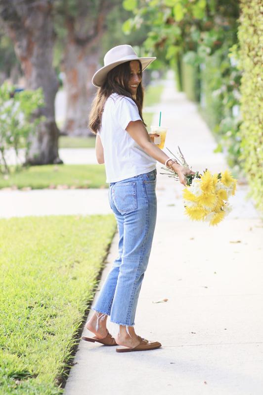 Simple Jeans & Slides