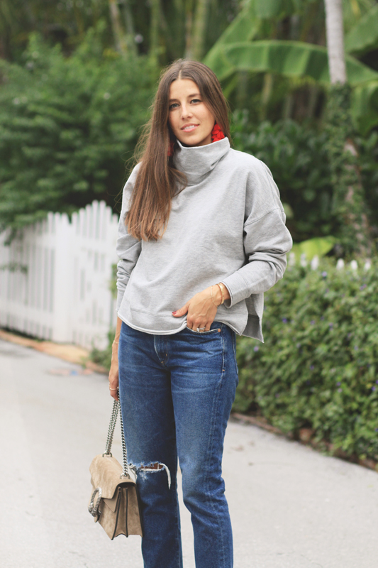 Red Heels, Grey Turtleneck, & Jeans9