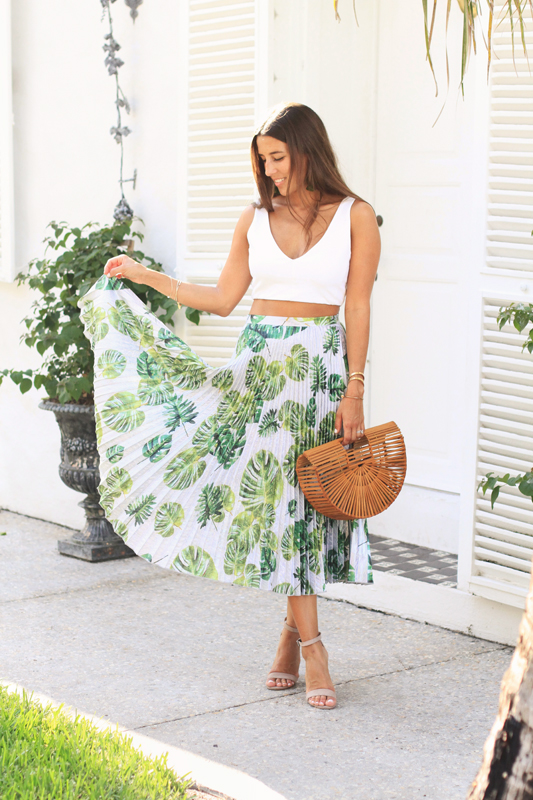 Pleated Palm Print Skirt 4